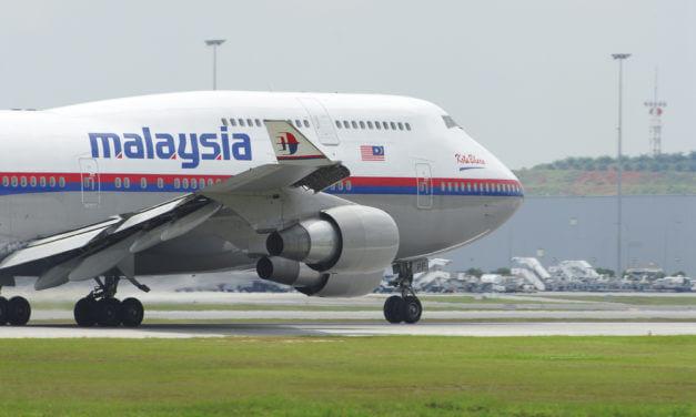 ČEŠI ŠKOLÍ KADETY MALAYSIAN AIRLINES