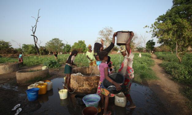 GAMBIE: MALÁ ZEMĚ S DYNAMICKOU EKONOMIKOU