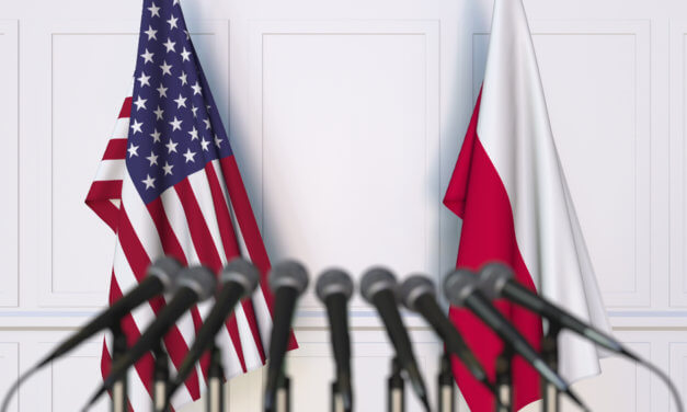 POLSKO ČEKÁ, ZDA USA POTVRDÍ DOHODU O JADERNÉ ELEKTRÁRNĚ
